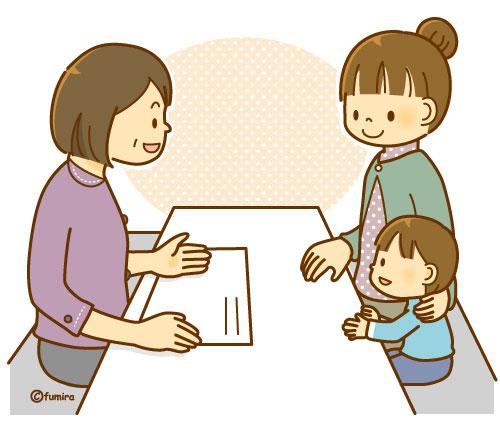 相談をする親子と話を聞くカウンセラーのイラスト